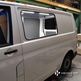 installation fenêtre latérale sur fourgon aménagé